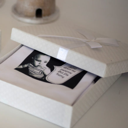 בגדי גוף עם תמונות מתנת לידה