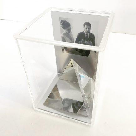 מתנה עם מסר בתוך קופסה